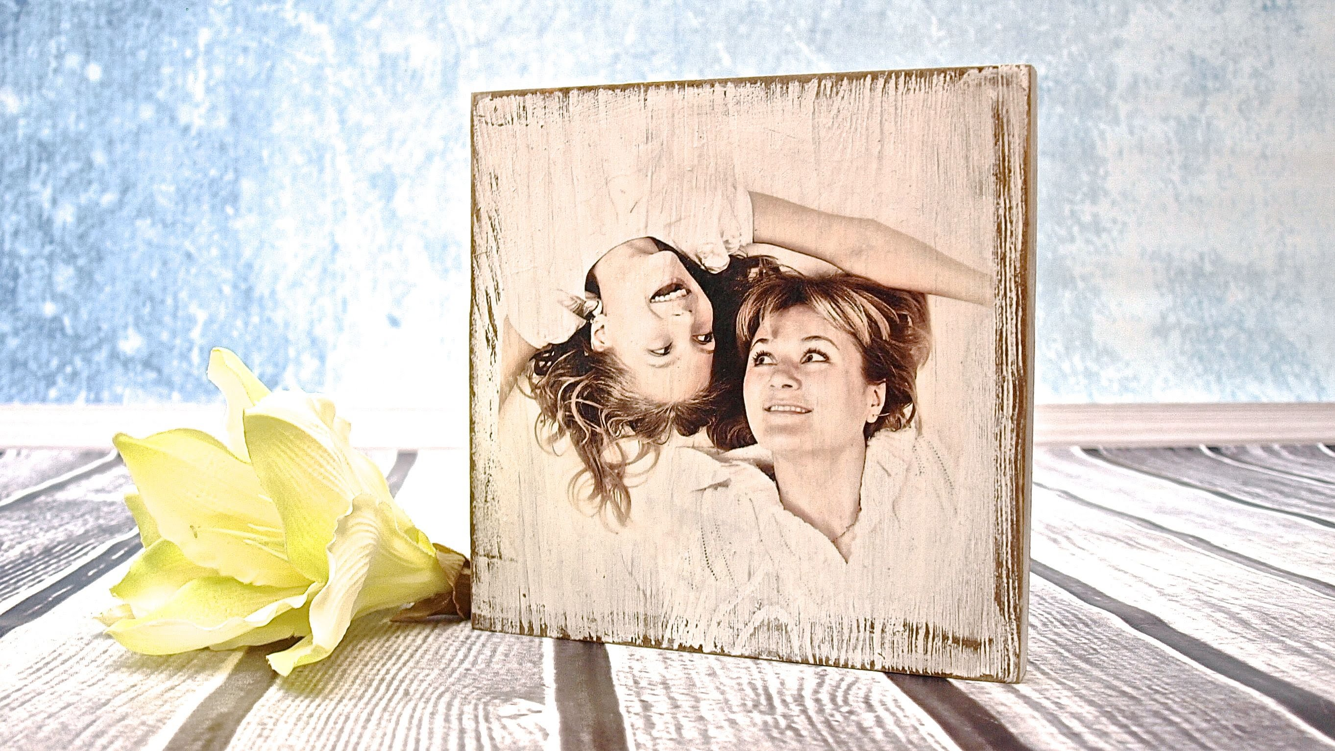 How to do a photo on a wooden board – tutorial  —– DIY By Catherine  :)