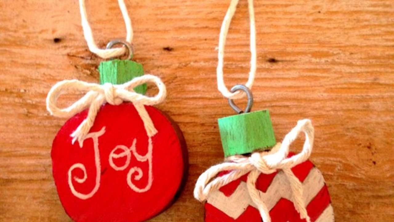 How To Diy Charming Picket Christmas Baubles – Diy Crafts Tutorial – Guidecentral