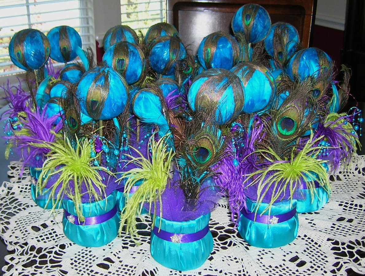 DIY Wedding Elegant Peacock Decorations Ideas