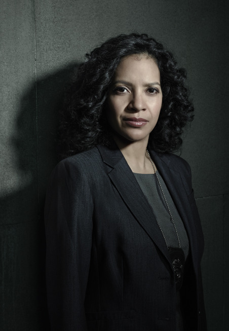 Zabryna Guevara as Captain Sarah Essen