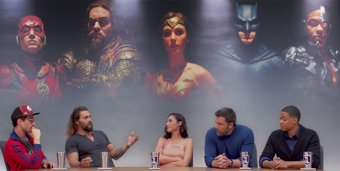 justice league review dark knight news
