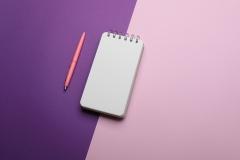 دفتر وقلم وردي