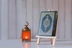 القرآن الكريم مع فانوس رمضان