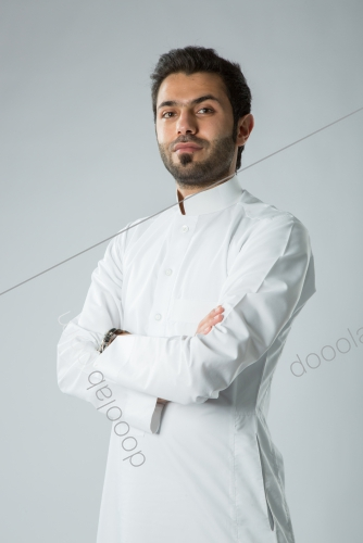 بورتريه لشاب بالزي التقليدي