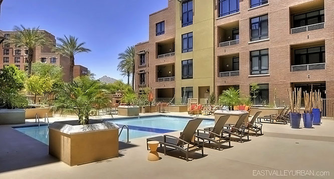 Third Avenue Lofts in Scottsdale community pool