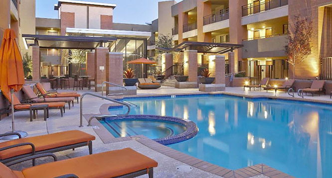 Community pool & fitness center at Ten Wine Lofts in Scottsdale