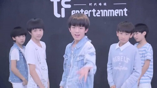 Jie Jie Zhen Piao Liang 姐姐真漂亮 Sister Is So Beautiful Lyrics 歌詞 With Pinyin