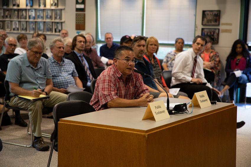 Lonnie martinez at the deis public hearing in tigard