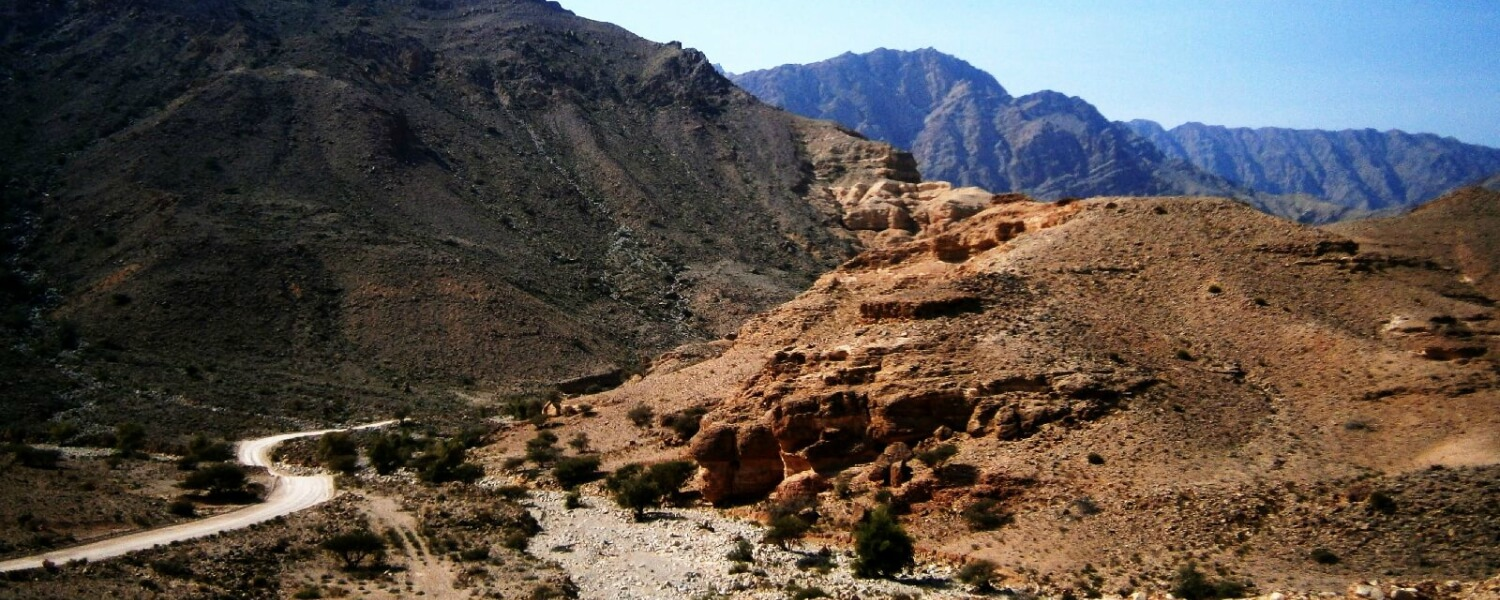 Moutains-near-Fins-Oman