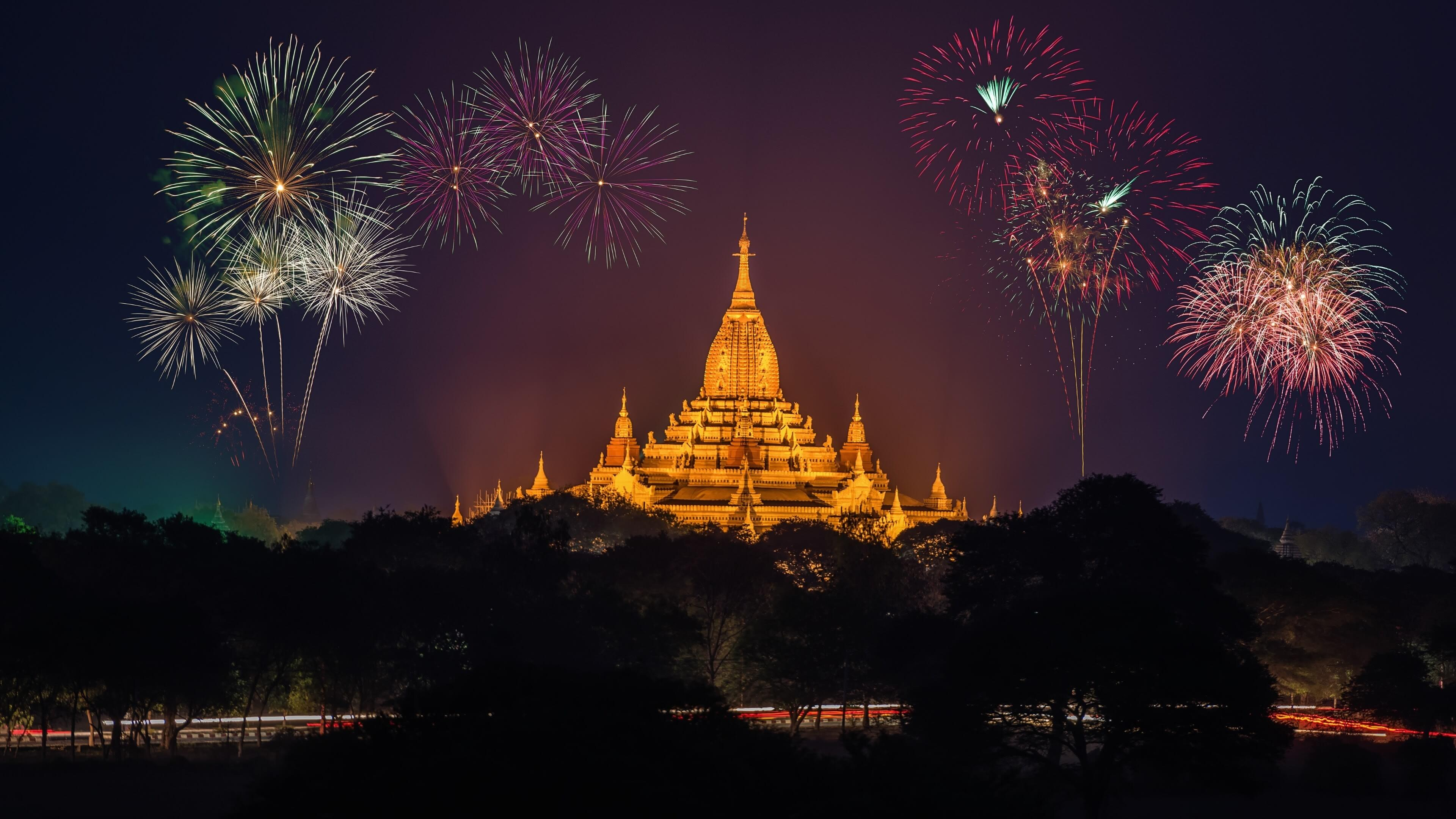 ananda-temple-fireworks-myanmar-others-9818