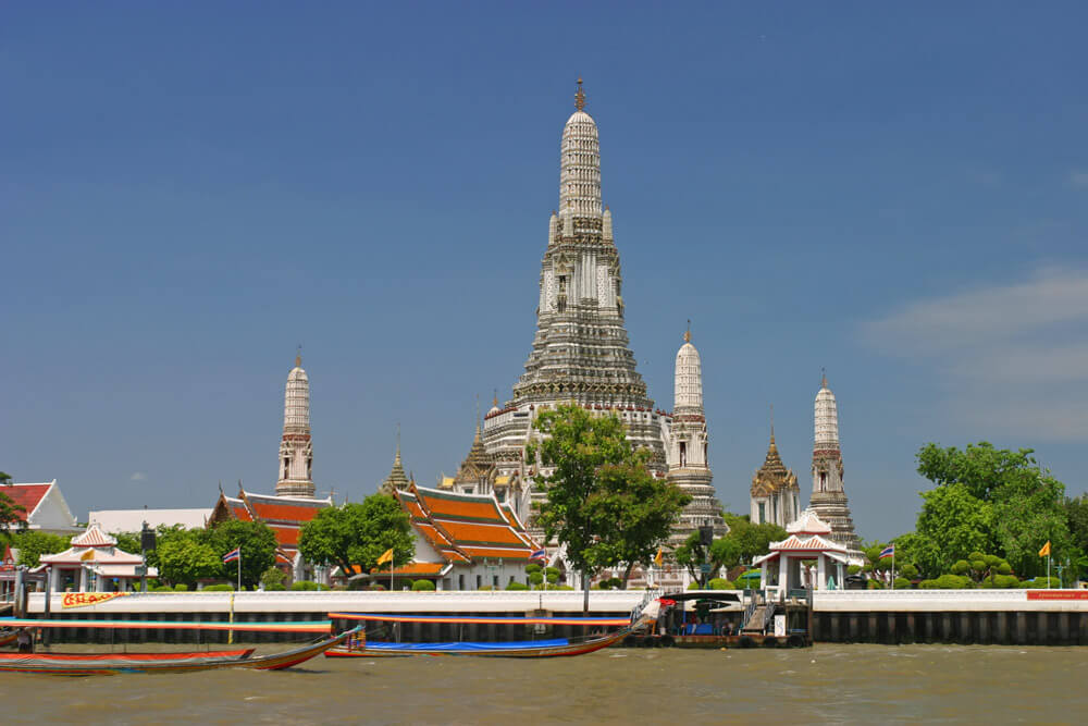 Wat-Arun-from-Chao-Phraya-River