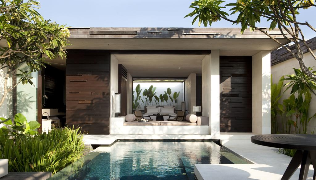 Alila Villas Uluwatu boasts 84 beautiful villas, each comes with private saltwater pool