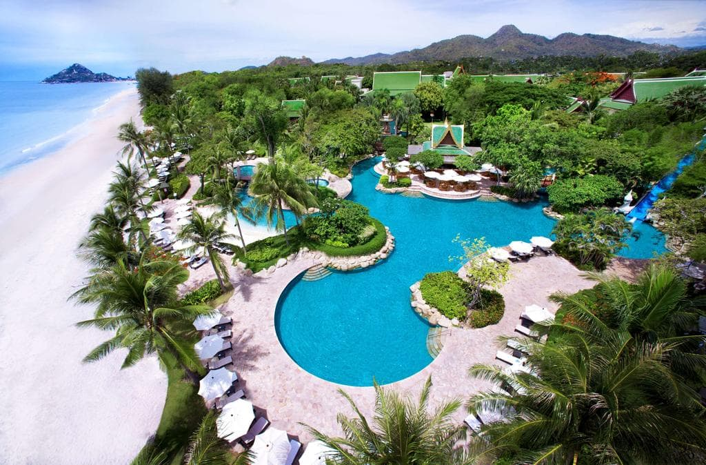 Hyatt Regency Hua Hin is setting among 16 acres of exotic gardens
