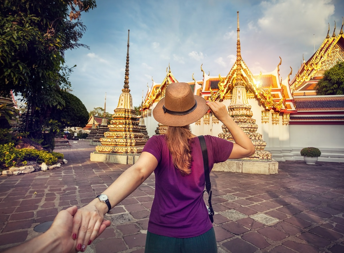 There are so many romantic things to do in the capital of Thailand for couples