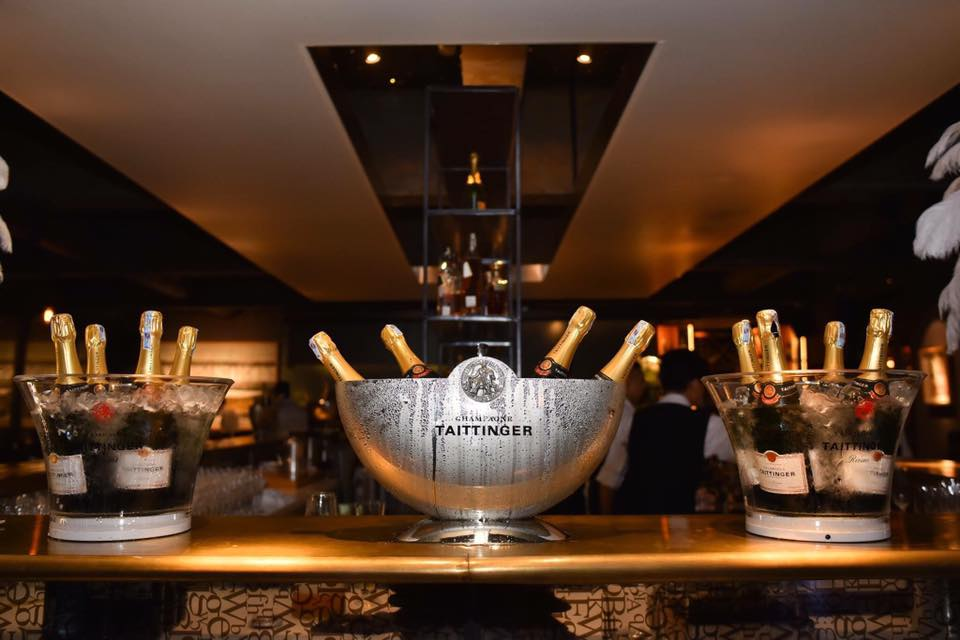 Targeted on luxury customers, the post bar boasts its quality of the drinks and sophisticated music