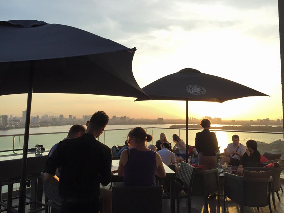 Summit Bar is an ideal destination for chill-out evening drinks