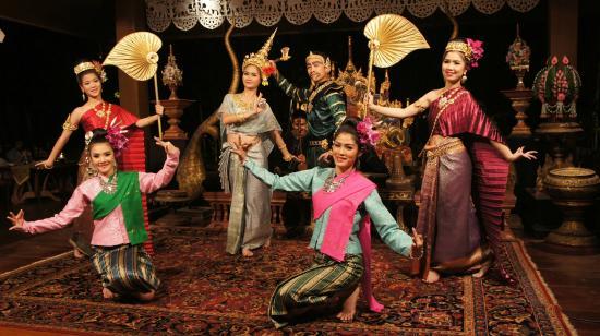 Tatare band knyts med thailand
