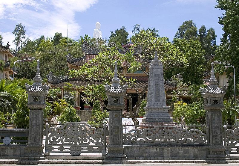 long_son_pagoda_nha_trang