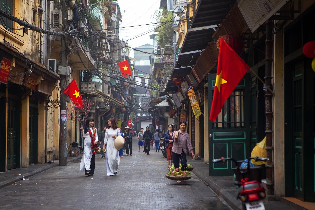 ta-hien-street-hanoi