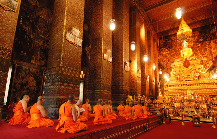 Visit early in the morning to witness the monk chanting ritual.