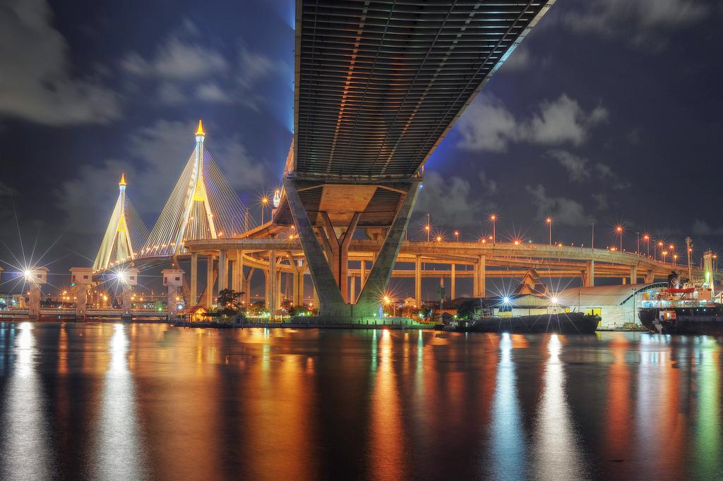 bangkok-at-night-thailand