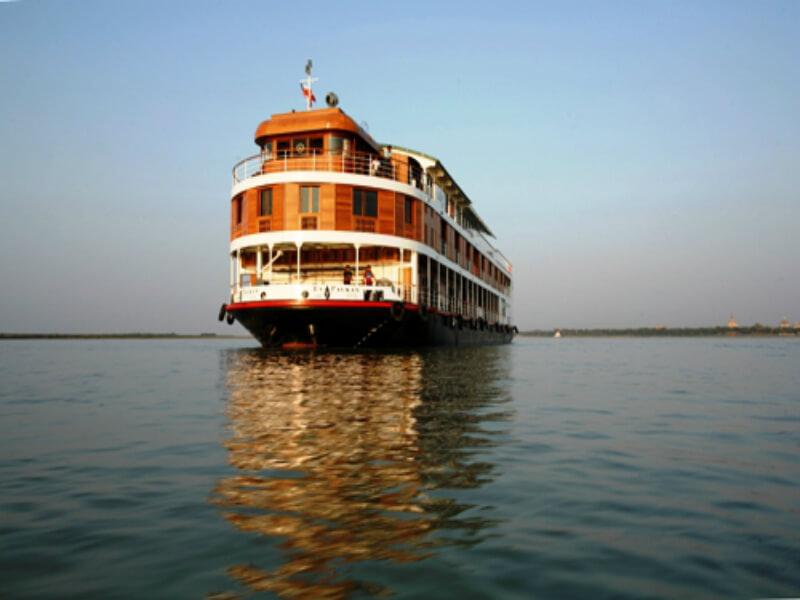 Paukan cruises