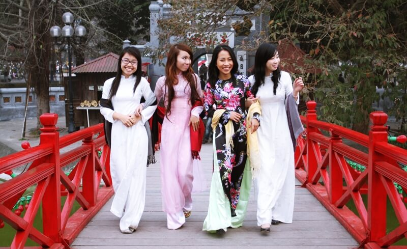 Traditional Ao Dai – New Trend for Vietnam Wedding Dress » Exotic ...