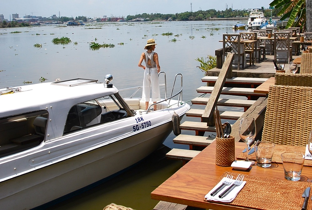 The Deck - The Romantic Restaurant In Saigon » Exotic Voyages