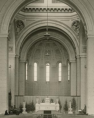 First Altar 1914-1923