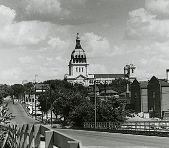 Laurel Avenue 1959-View from the Laurel Ave bridge.