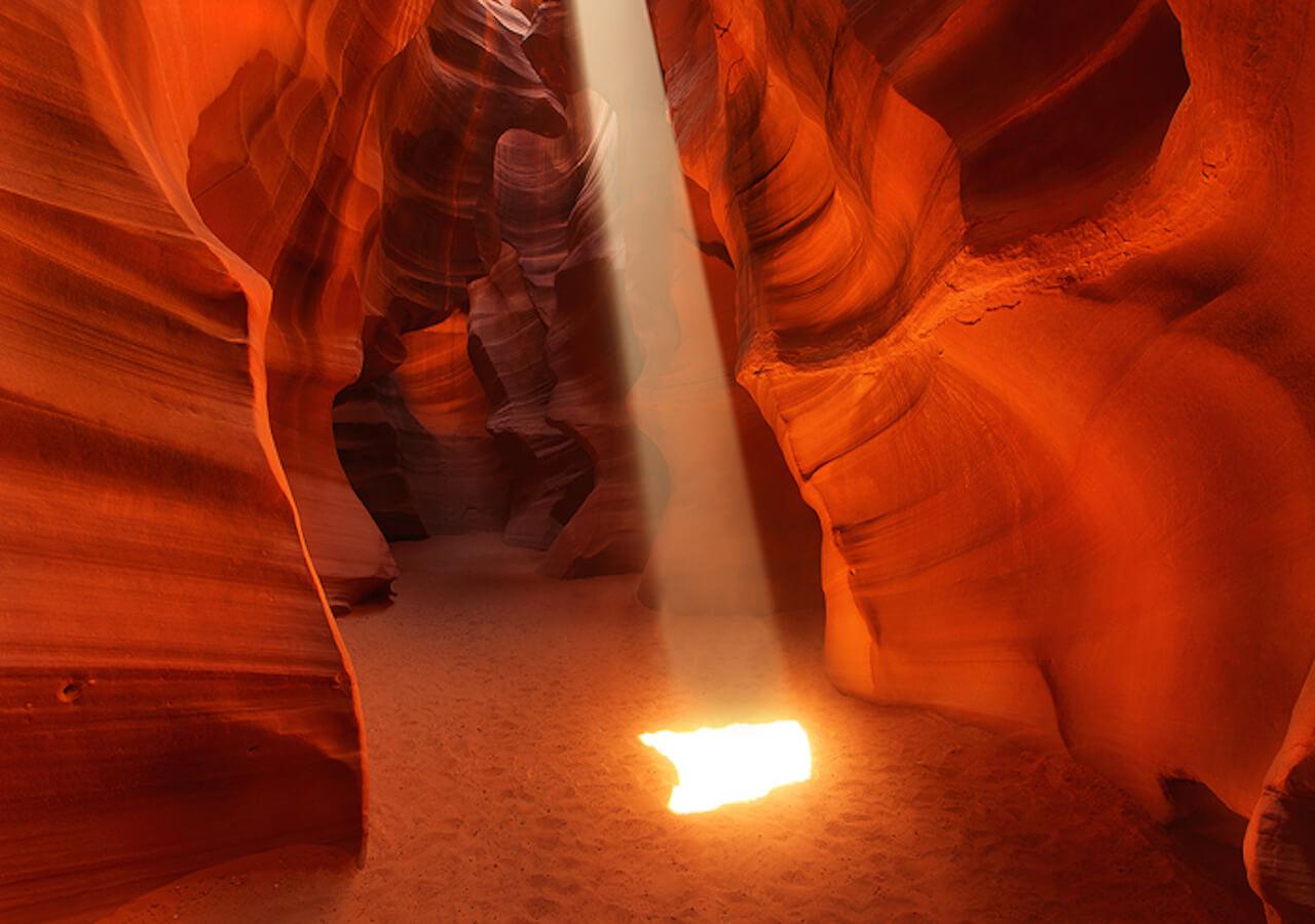 antelope_canyon_1.jpg