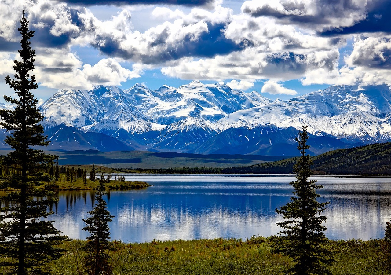 11 Days Roundtrip Alaska Cruise from Seattle + Seattle City Tour