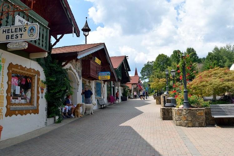 1 Day Lanier Lake - German Helen Town