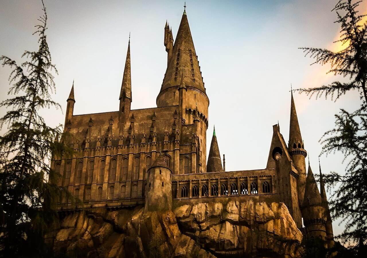 hogwarts-1280-900_1.jpg