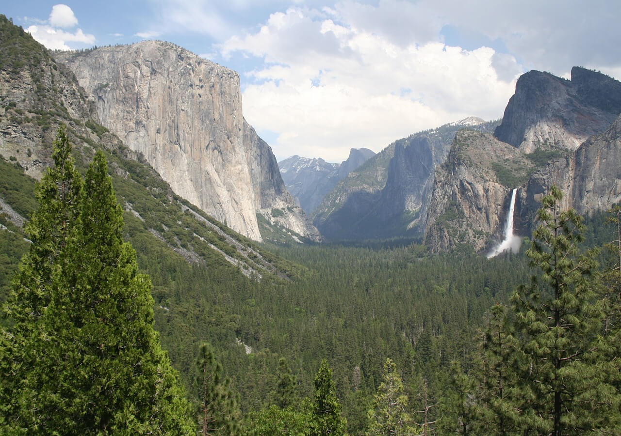 Visit  Yosemite, Grand Canyon South Rim, Horseshoe bend, Lake Powell, Antelope Canyon and Las Vegas,