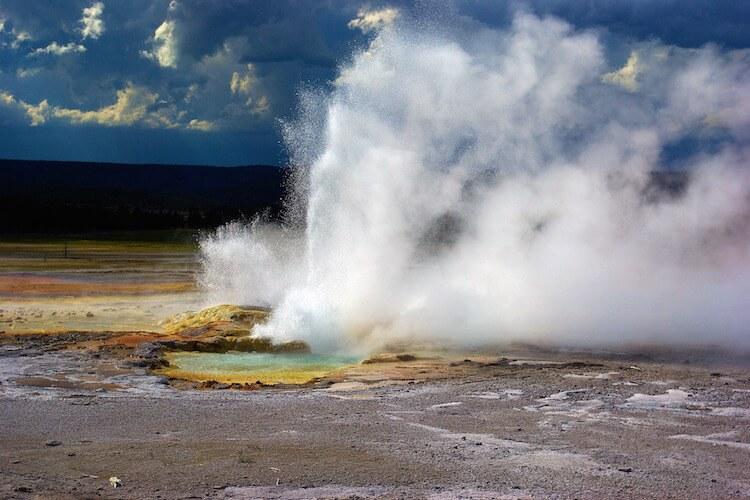 clepsydra-geyser-3633928_750-500.jpg