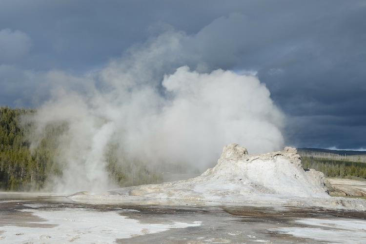 geyser-60709_750-500.jpg