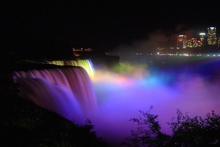 游览繁华都市纽约,康宁玻璃中心。感受壮观尼亚加拉瀑布的震撼!