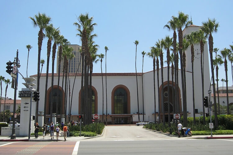 迪斯尼乐园﹣环球影城﹣海洋世界﹣洛杉矶/圣地亚哥市区游﹣圣塔芭芭拉﹣大峡谷﹣拉斯维加斯