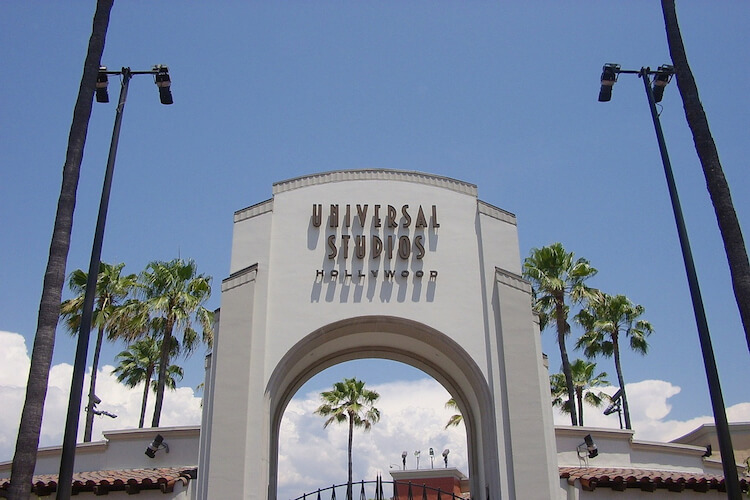 洛杉矶城市游 - 参观好莱坞星光大道 - 精彩刺激好莱坞环球影城