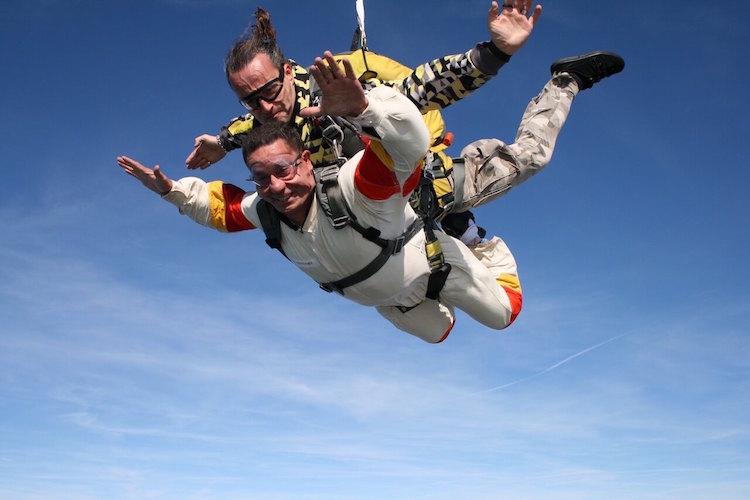纽约高空跳伞刺激游