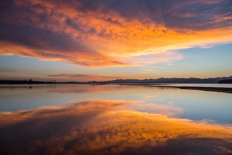 yellowstone-sunrise-750-500