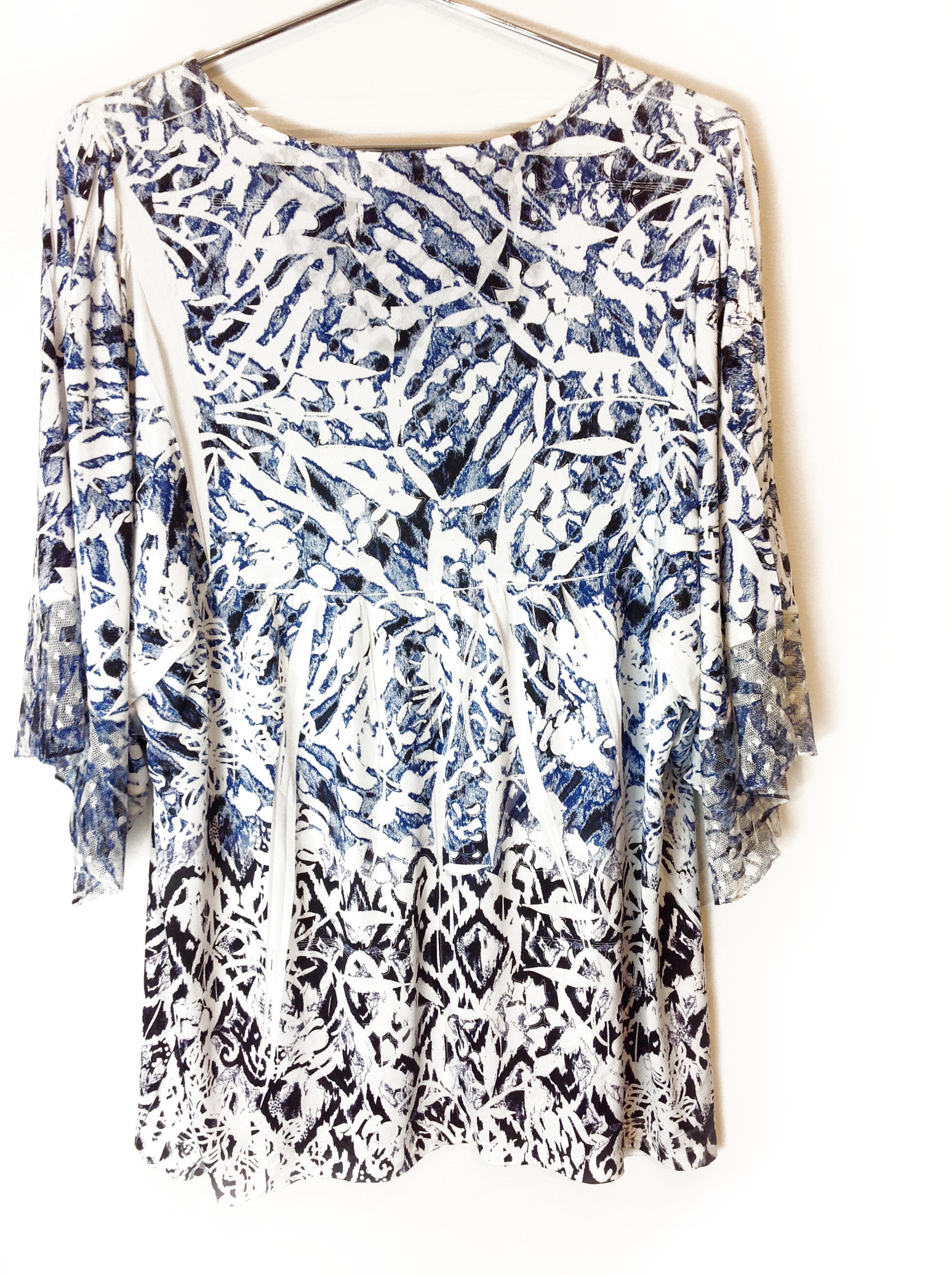 New-One-World-Womens-Printed-Knit-3-4-Ruffle-Elbow-Pleated-Blouse-Top-1x-54 thumbnail 3