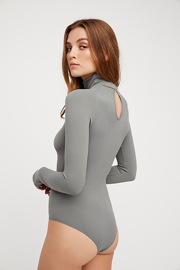New-Free-People-Womens-Ribbed-Long-Sleeve-Seamless-Turtleneck-Bodysuit-Top-48 thumbnail 33