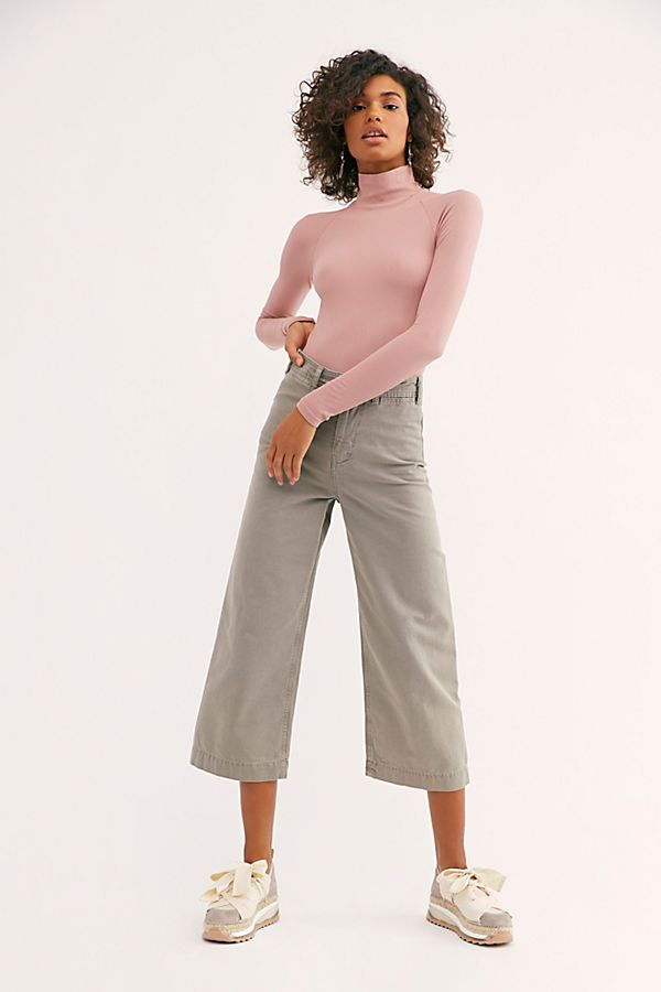 New-Free-People-Womens-Ribbed-Long-Sleeve-Seamless-Turtleneck-Bodysuit-Top-48 thumbnail 39