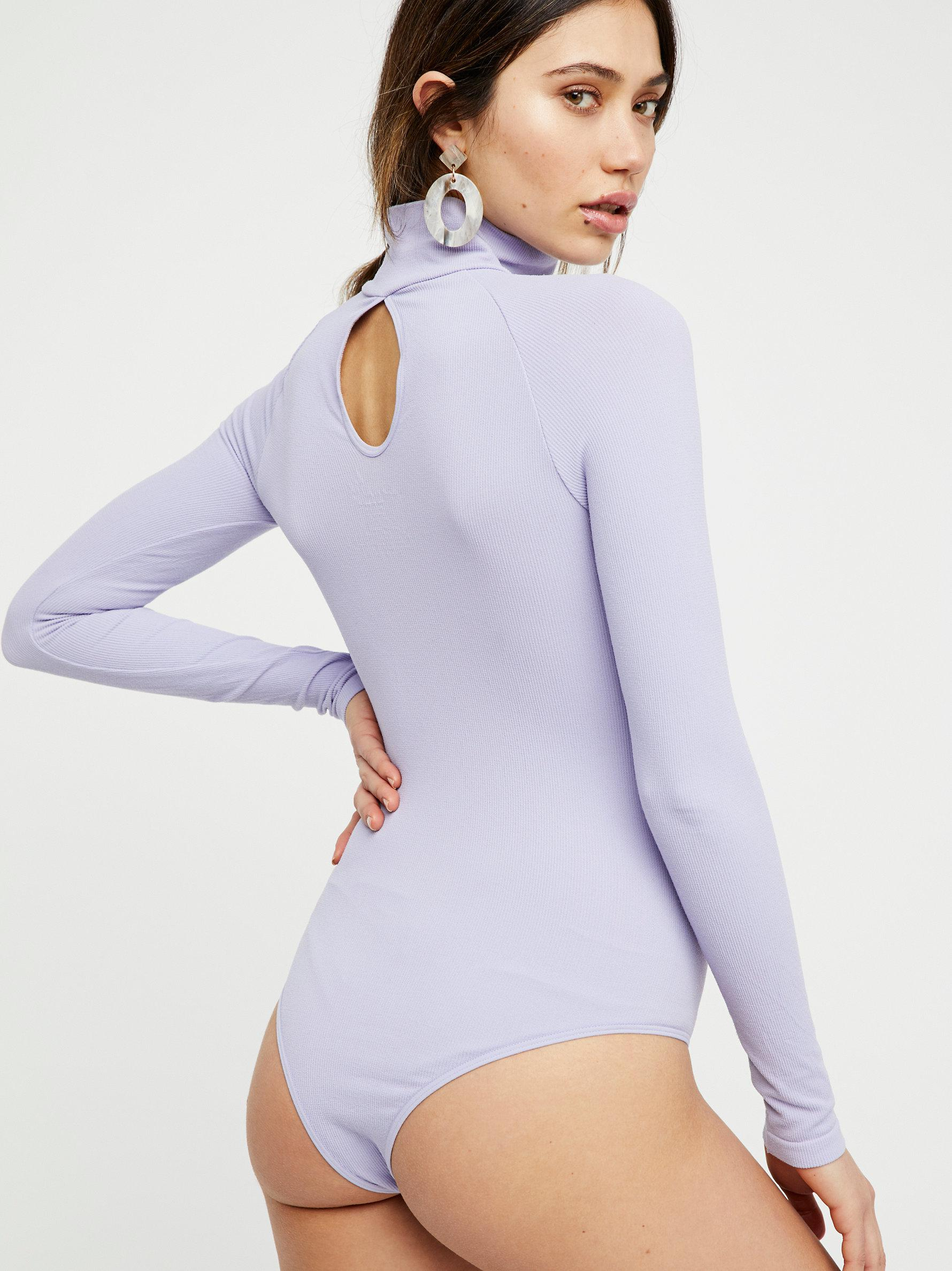 New-Free-People-Womens-Ribbed-Long-Sleeve-Seamless-Turtleneck-Bodysuit-Top-48 thumbnail 31