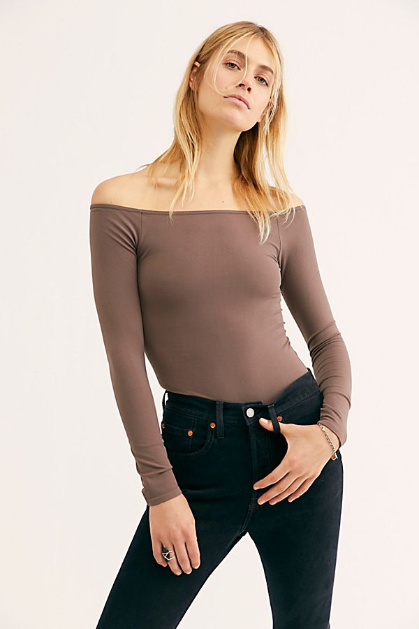 New-Free-People-Womens-Seamless-Long-Sleeve-Off-The-Shoulder-Solid-Top-38 thumbnail 18