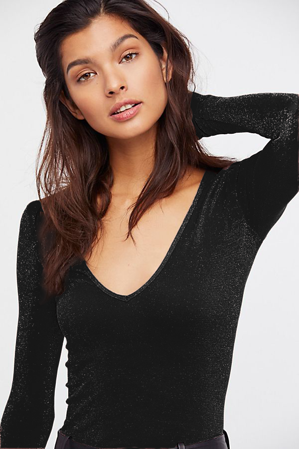 New-Free-People-Womens-Long-Sleeve-Seamless-Solid-Deep-V-Top-Sparkle-Black-48 miniature 4