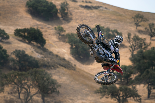 Zaca Station | Roost, Gas, And Beer