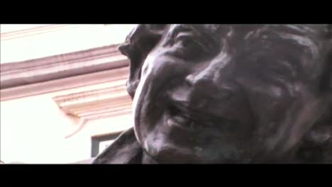 Digital:Statues-Manel